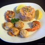 Lachs Ceviche, Jacobsmuscheln und Riesengarnelen