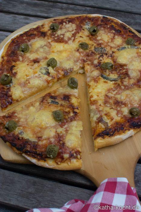 salami_pizza_mit_sardellen_-1