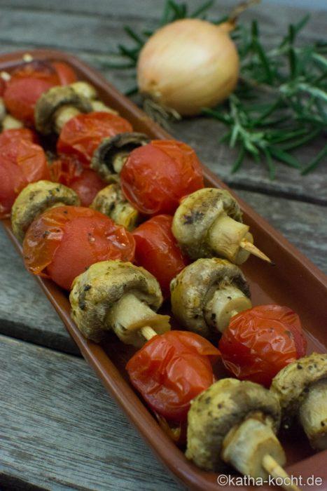 Tapas - Tomaten-Champignons Spieße