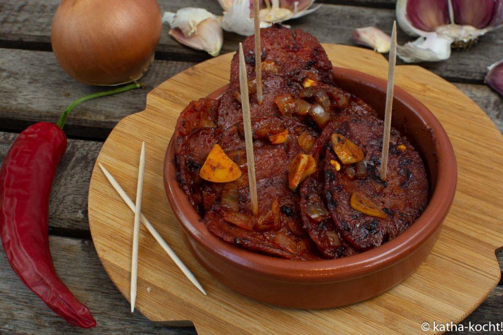 Tapas - pikante gebratene Salami