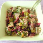 Matjes-Salat mit Gurken und roter Bete