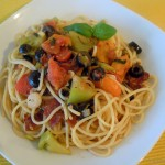 Spaghetti mit Chorizo-Tomatensalat-Sauce
