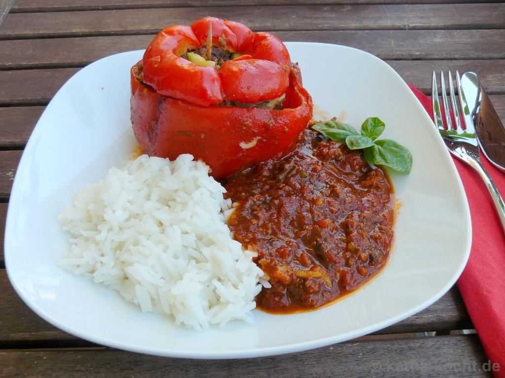 gef llte paprika mit tomatiger sauce und reis katha kocht. Black Bedroom Furniture Sets. Home Design Ideas