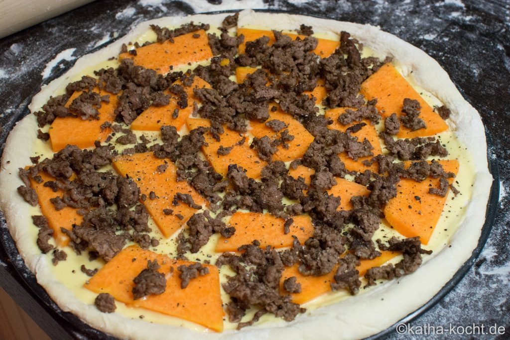 Halloween Pizza - Kürbis Pizza