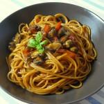 Pikante Muschel-Paprikasauce mit Peperonispaghetti