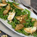 Birnen-Carpaccio mit Camembert und Rucola