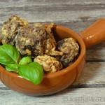 Tapas - knusprige Fleischbällchen mit Datteln und Nüssen