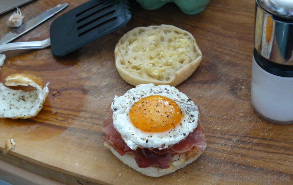 Bacon_and_Egg_Toastie_3