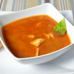 Curry-Zitronengras Suppe mit Hähnchen