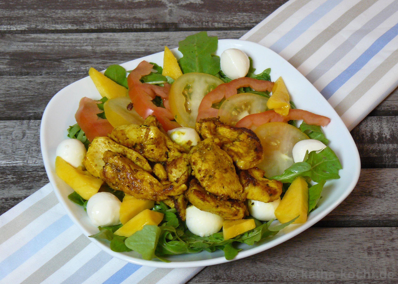 bunter curry h hnchen salat mit mango und mozzarella katha kocht. Black Bedroom Furniture Sets. Home Design Ideas