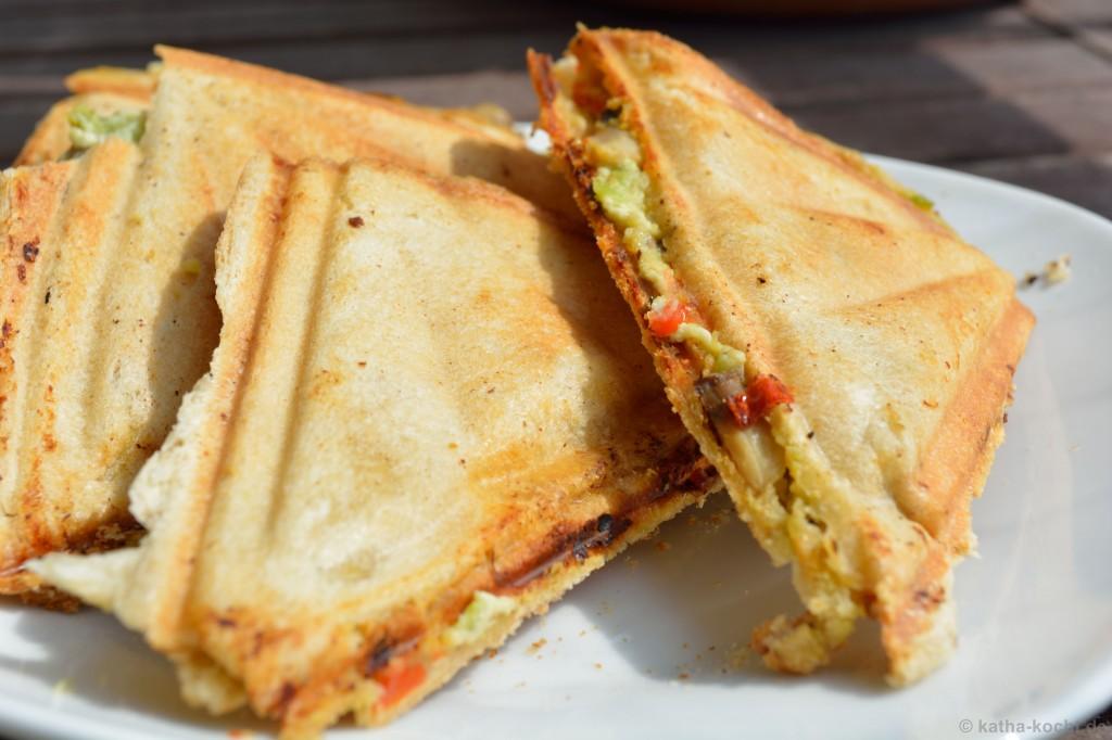 Avocado-Ziegenkäse-Sandwich_5