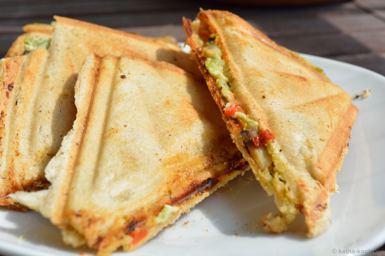 avocado ziegenkaese sandwich katha kocht