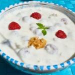 Himbeer-Walnuss-Joghurt zum Frühstück