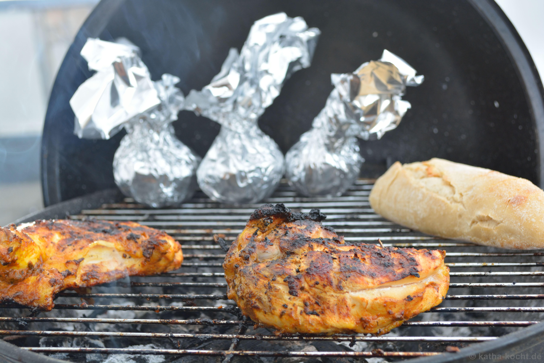 hähnchenkeulen kochen und grillen