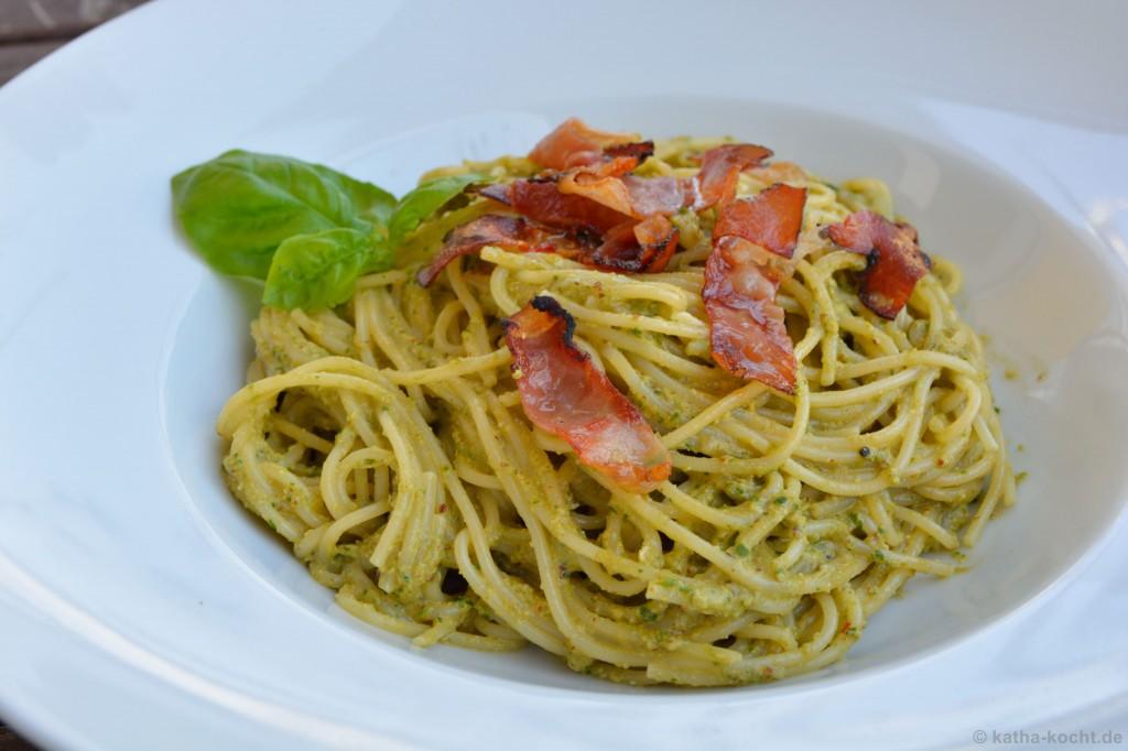 Spaghetti_mit_Rucolapesto_und_Tiroler_Speck_3
