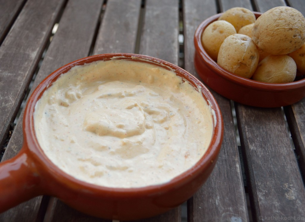 Tapas_Röstknoblauch_Créme_Und_Kartoffeln_1