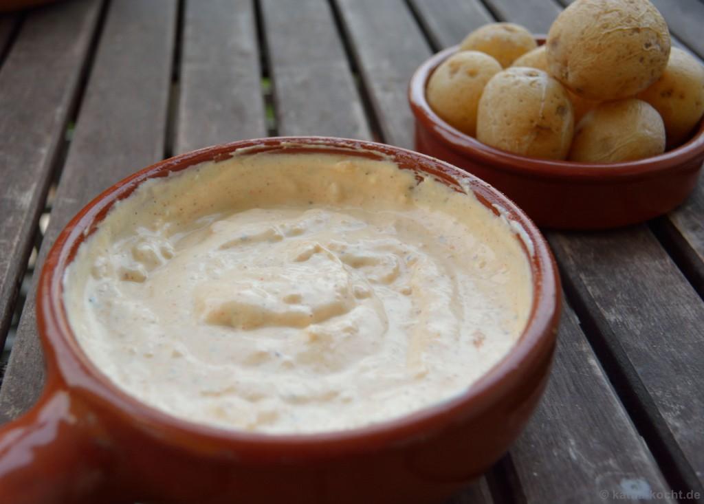 Tapas_Röstknoblauch_Créme_Und_Kartoffeln_2