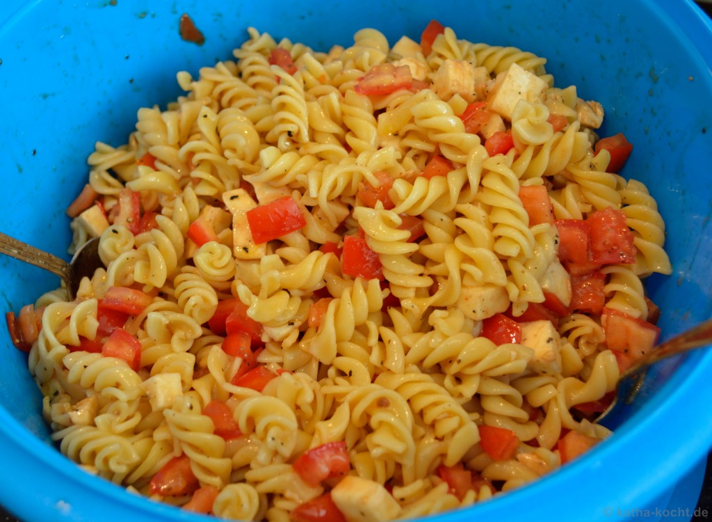 Nudelsalat_Tomate_Mozzarella_1