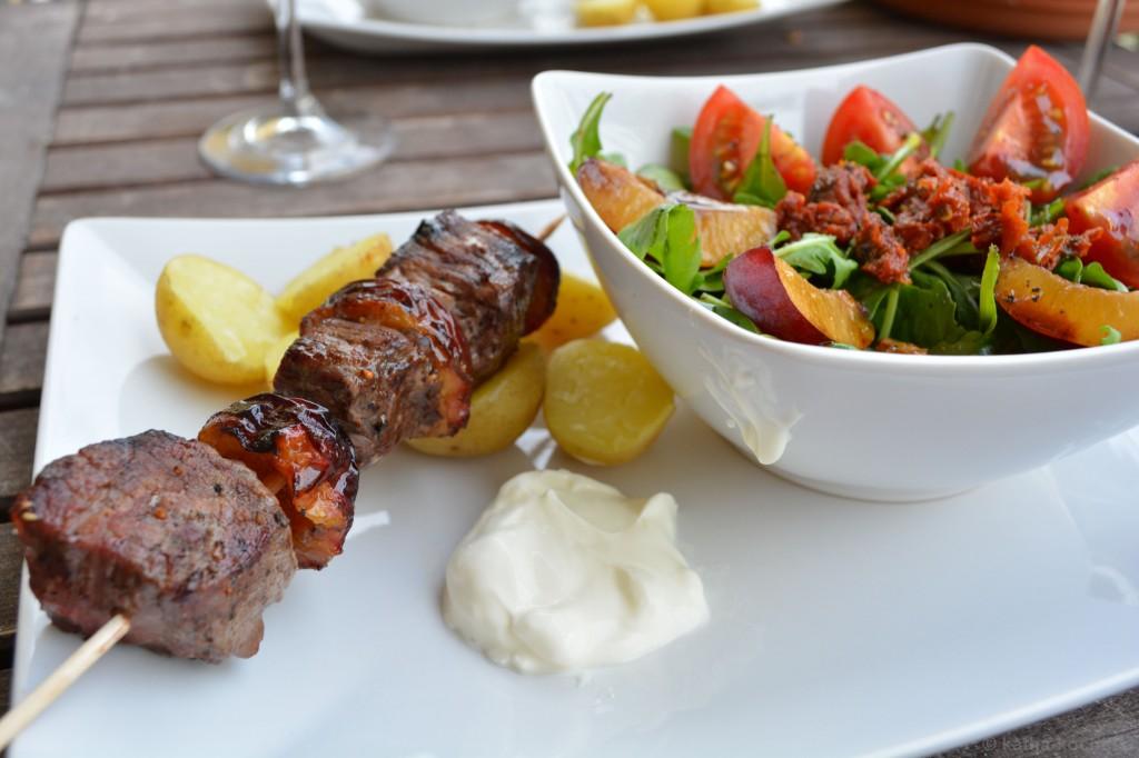 Pflaume_Rind_Grillspieße_und_passender_Salat_5