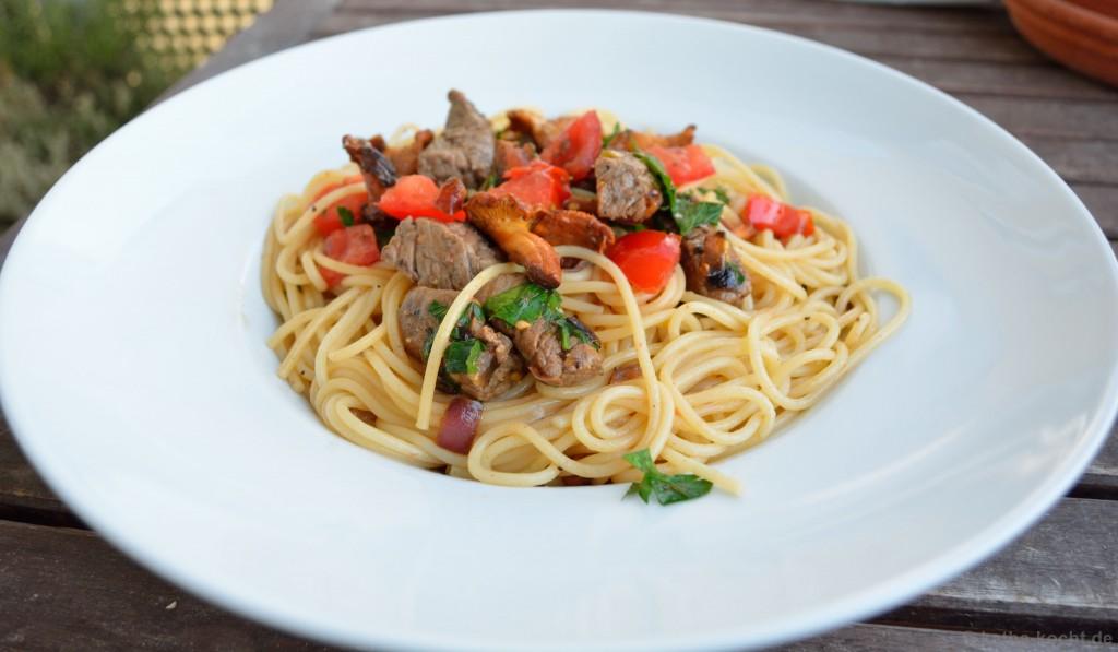 Spaghetti_Mit_Rinderfilet_Und_Pfifferlingen_3