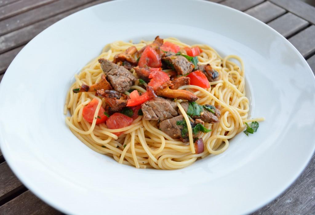 Spaghetti_Mit_Rinderfilet_Und_Pfifferlingen_4