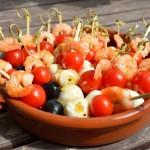 Tapas – Garnelen-Tomate-Mozzarella Spieße