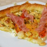 Birnen-Camembert Tarte mit Parmaschinken