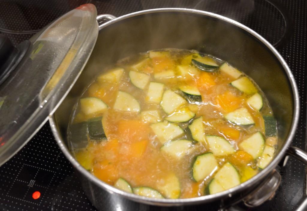 Kürbis-Zucchini-Suppe_1