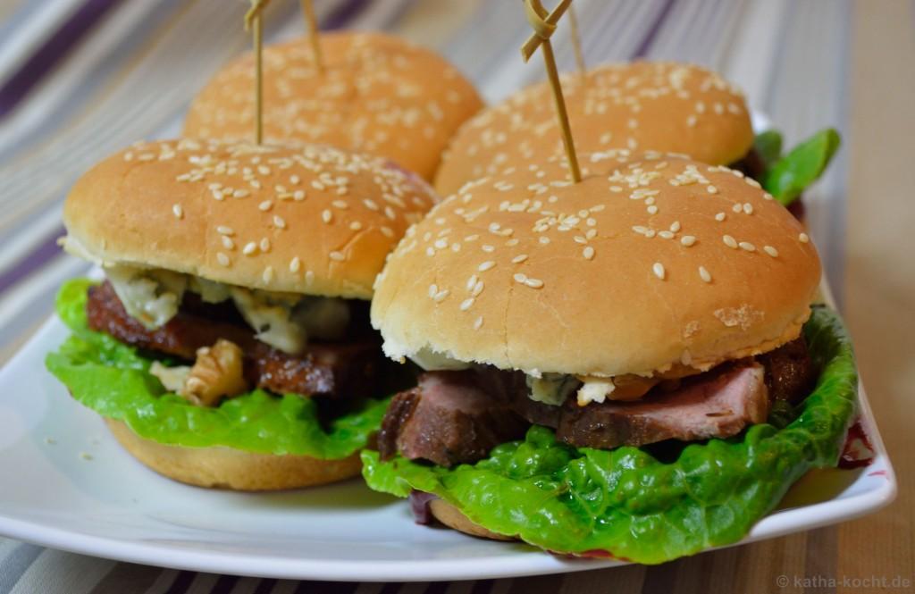 Enten-Burger_Mit_Brombeer-Schoko-Chili-Sauce_6
