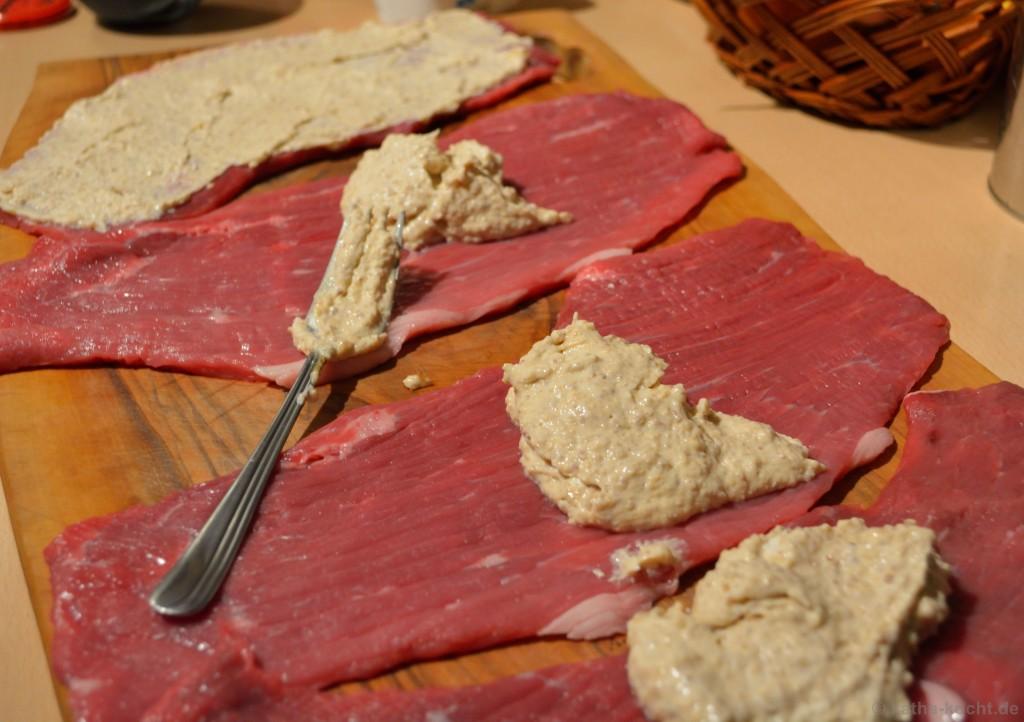 Frischkäse-Birnen-Roulade_mit_Grünkohl_1