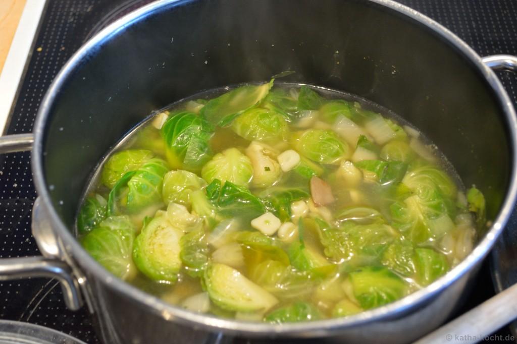 Rosenkohl-Austernpilz-Suppe_2