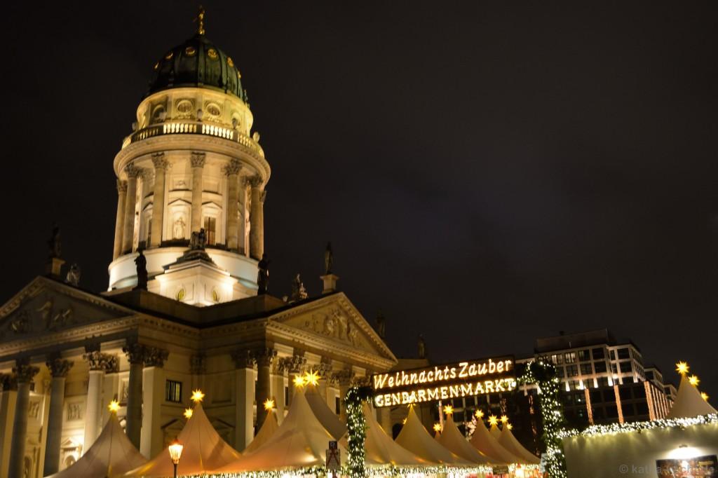 Weihnachtsmarkt_Gendarmenmarkt_1
