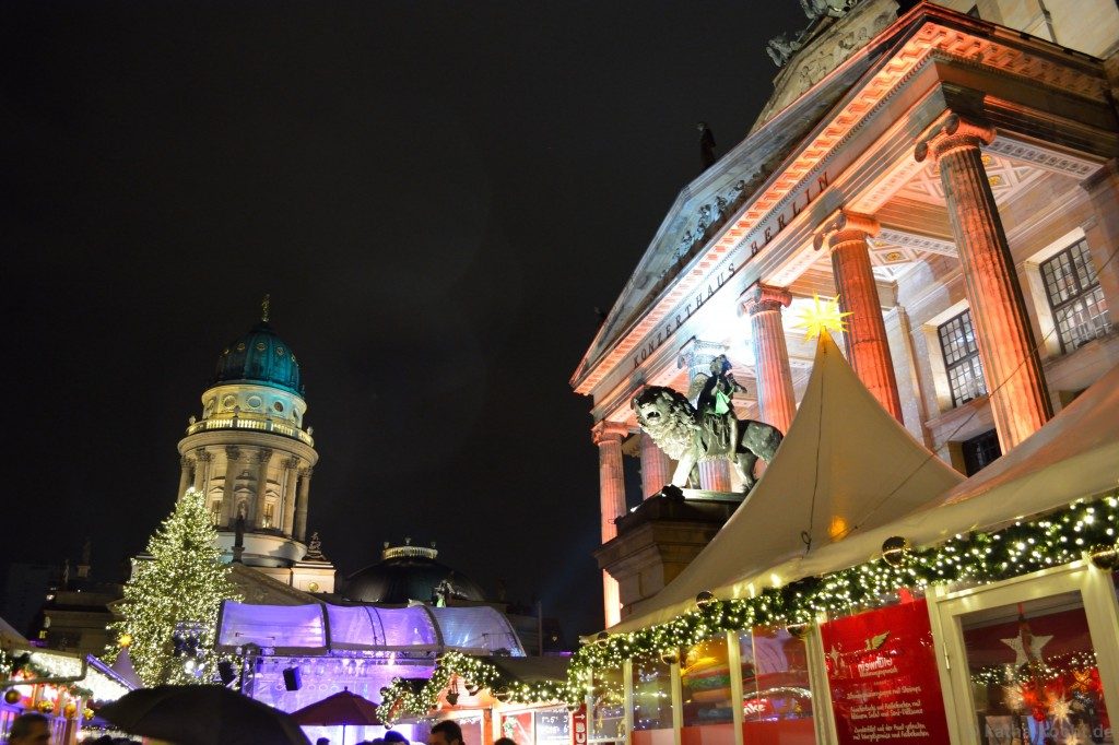 Weihnachtsmarkt_Gendarmenmarkt_3