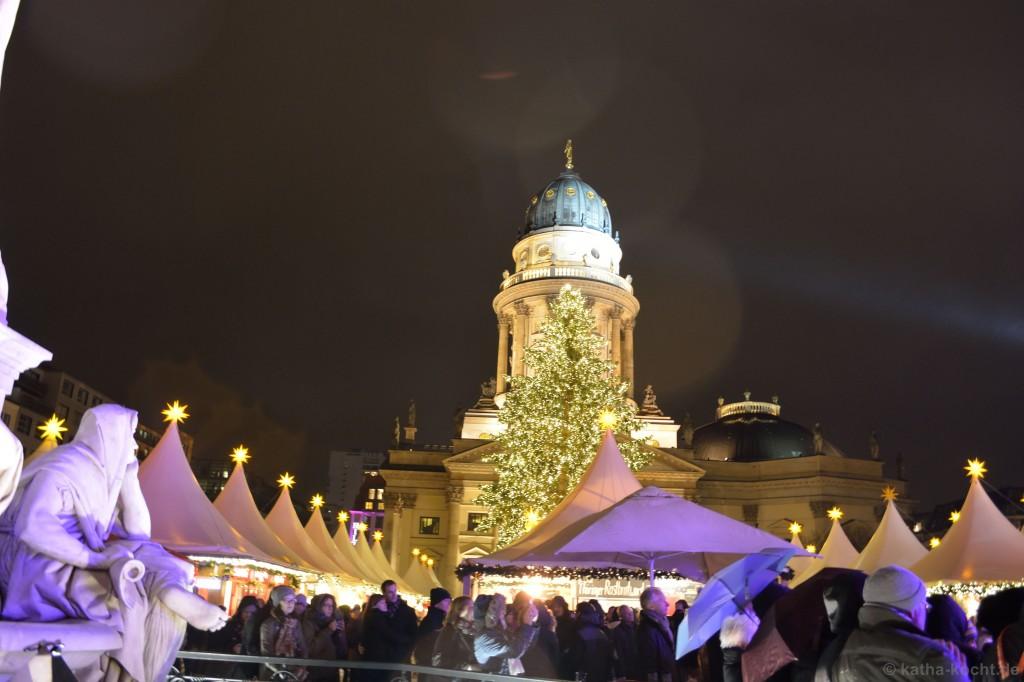 Weihnachtsmarkt_Gendarmenmarkt_7