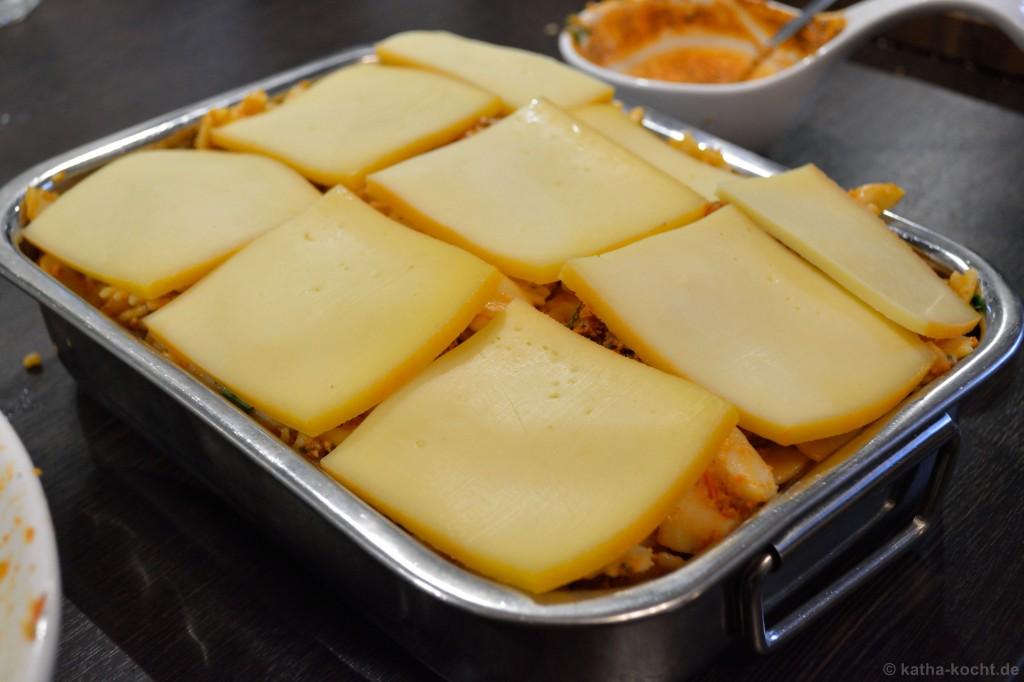 Pesto-Farfalle_Auflauf_mit_Raclette_Käse_2