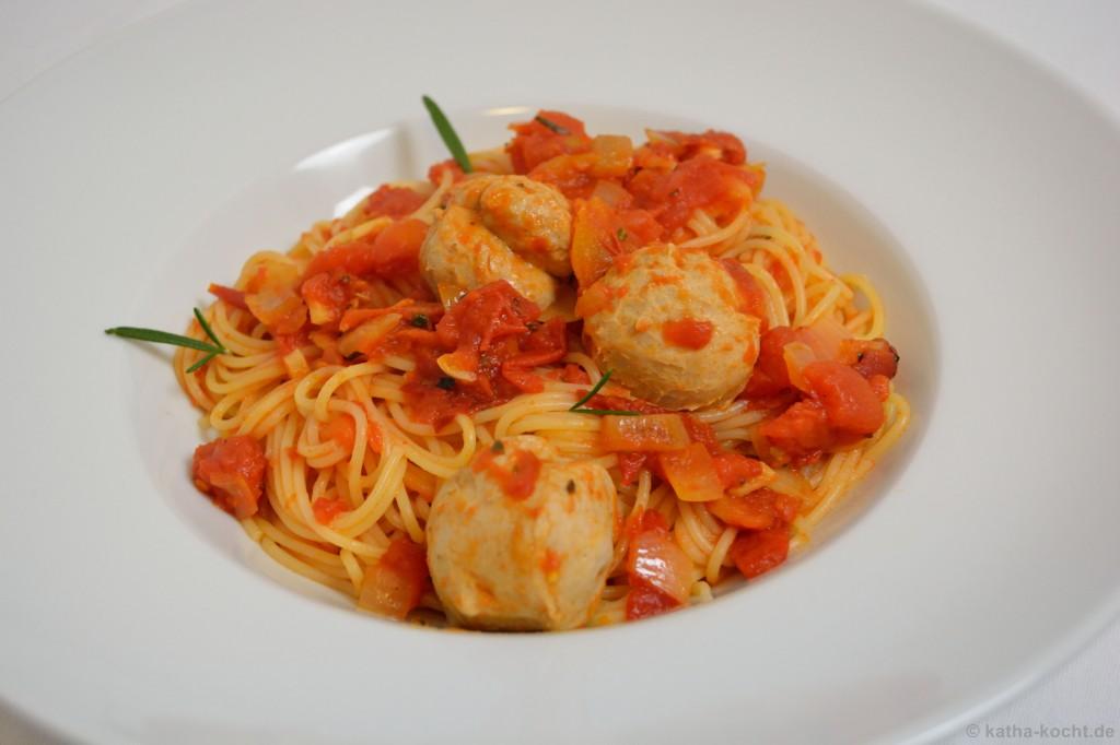 Spaghetti_mit_Kalbsbällchen_3