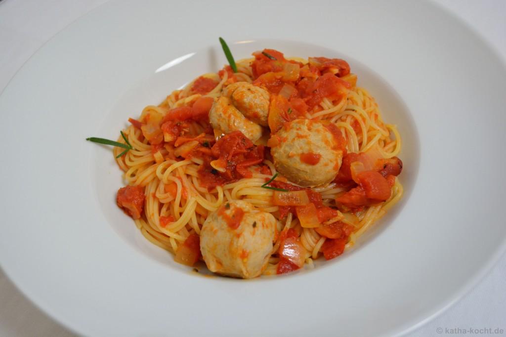 Spaghetti_mit_Kalbsbällchen_4