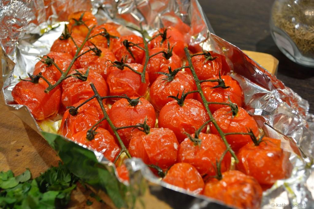 Krustenbraten_mit_gebackenen_Tomaten_8