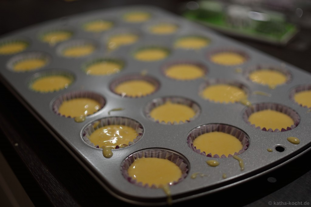Mini_Citrus_Cupcakes_2
