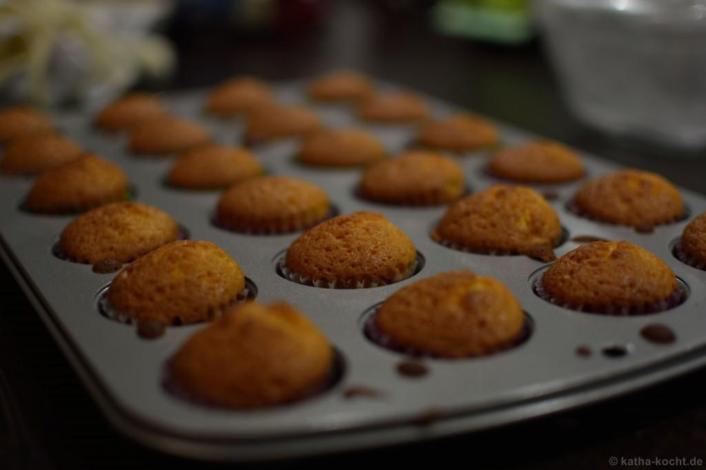 Mini_Citrus_Cupcakes_3