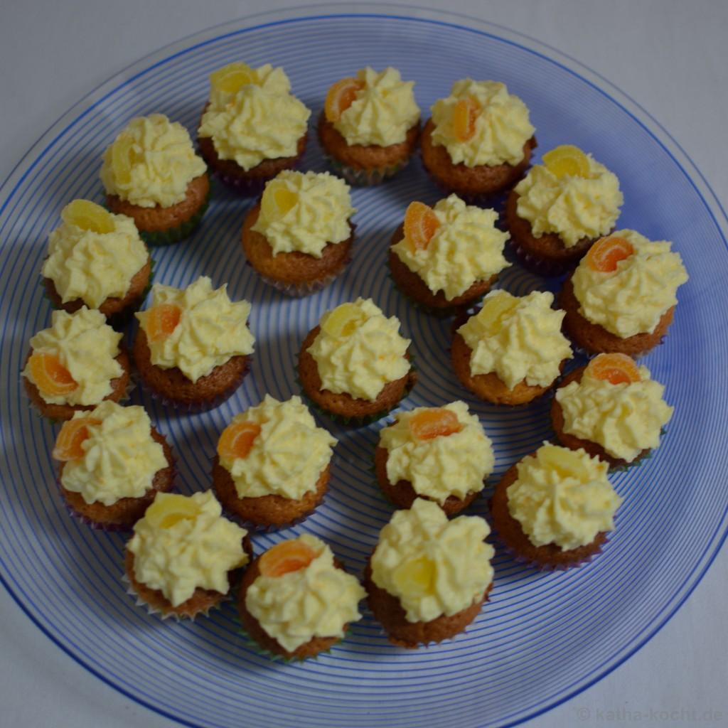 Mini_Citrus_Cupcakes_8