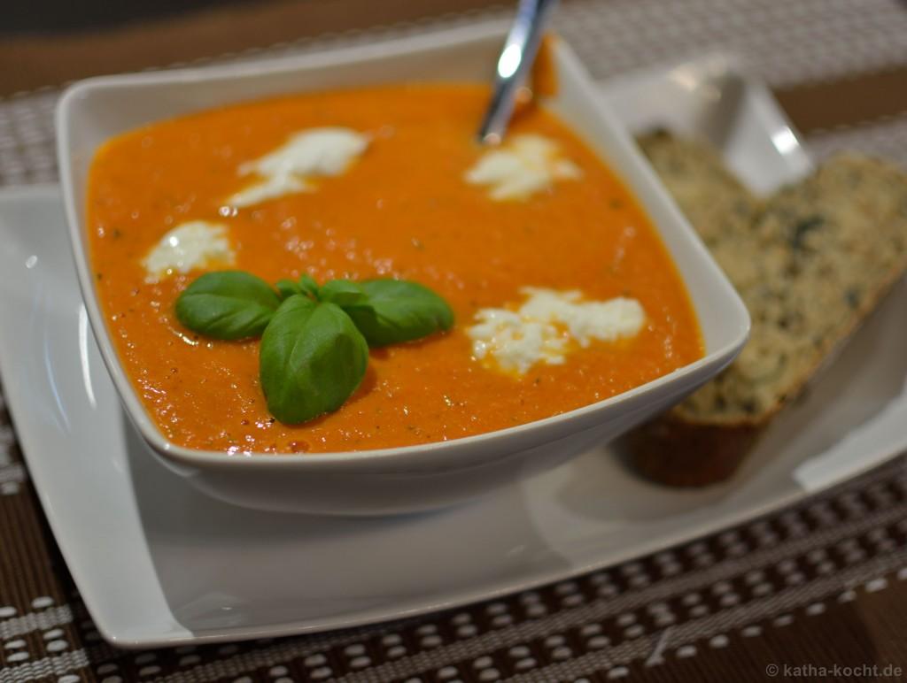 tomaten mozarella suppe rezepte suchen. Black Bedroom Furniture Sets. Home Design Ideas