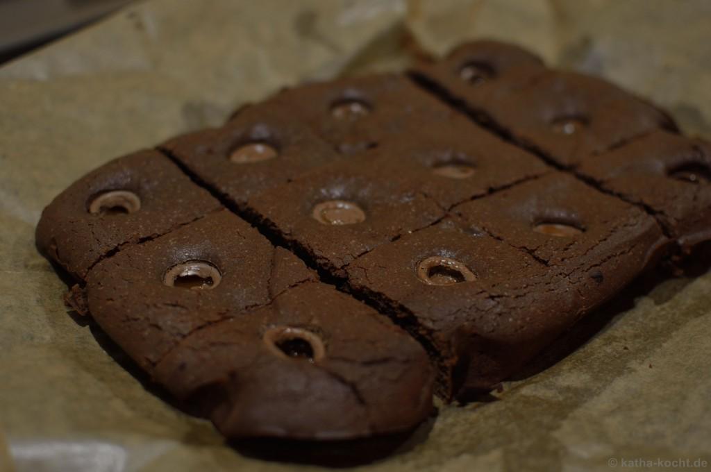 Schoko_Brownies_Mit_Karamellkernen_2