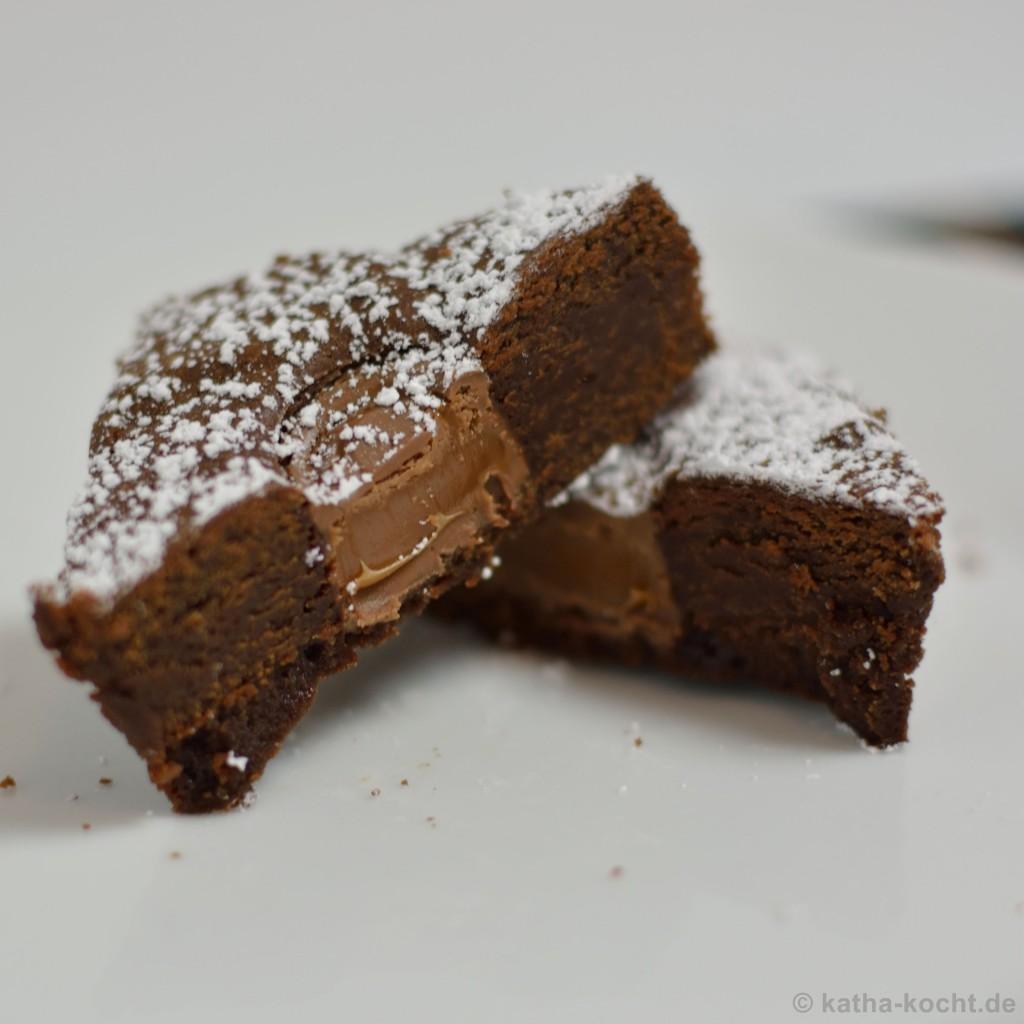 Schoko_Brownies_Mit_Karamellkernen_5