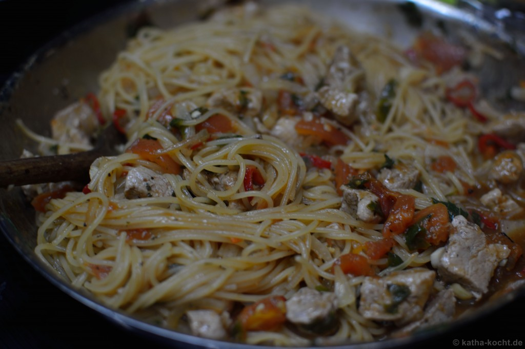 Spanische_one_pot_Pasta_9