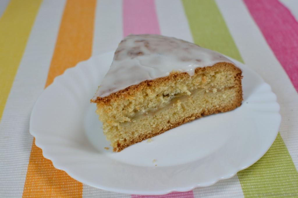 Gedeckter_Apfel-Rhabarber-Kuchen_5