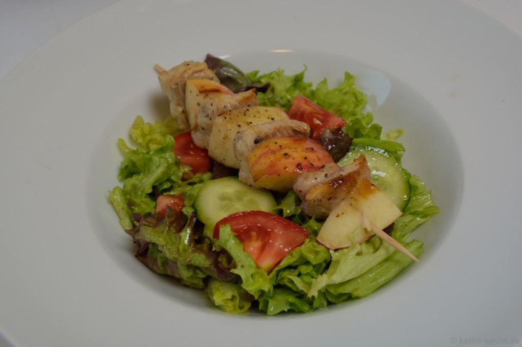Salat_Mit_Wels_Apfel_Spießen_5