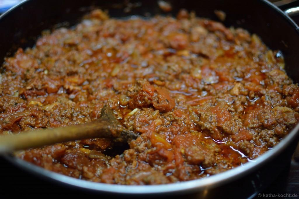 Spaghetti_Bolognese_mit_kalamata_oliven_1