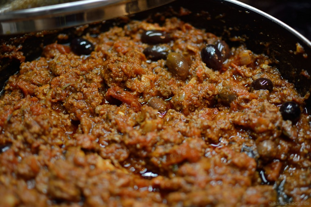 Spaghetti_Bolognese_mit_kalamata_oliven_2