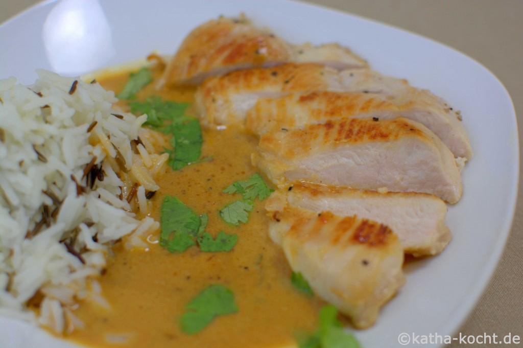 Hähnchen_in_scharfer_Kokos_Curry_Sauce_ (5)